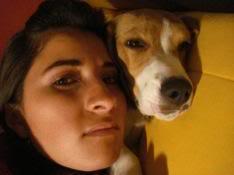 Rita_y_su_beagle_Lennon