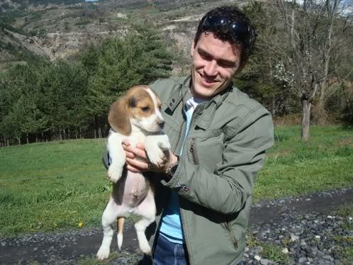 marido de Rosa con beagle Cuco